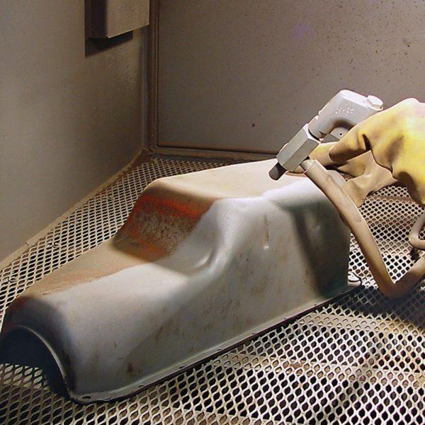 Abrasive Sandblasting Cabinet Blasting Action Pic