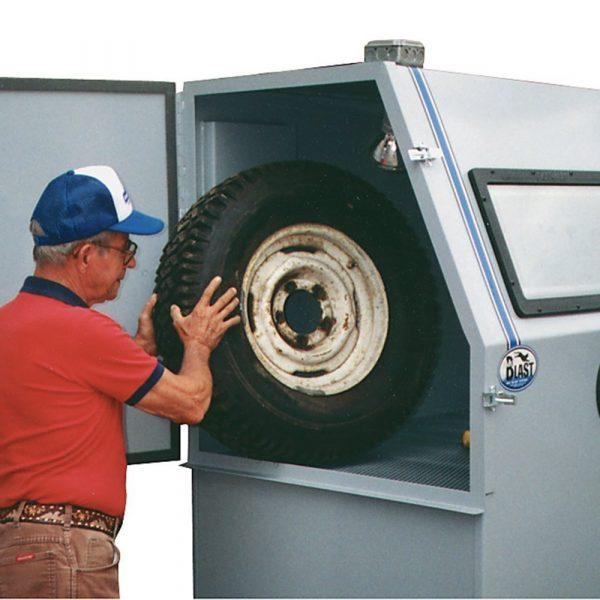 Skat Blast 1636 Commercial Abrasive Sandblasting Cabinet Action Pic
