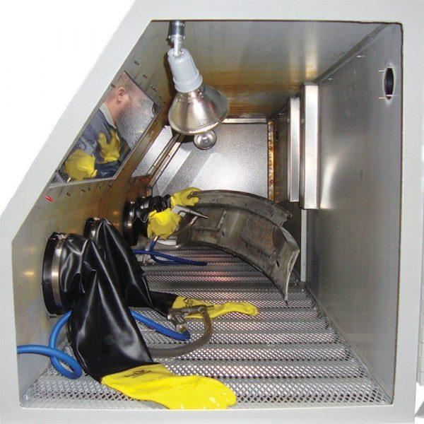 Skat Blast 992 Pro Shop Abrasive Sandblasting Cabinet Blasting Pic